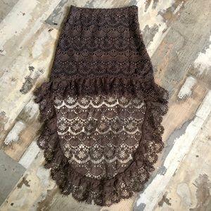 Beautiful lace high low skirt size small
